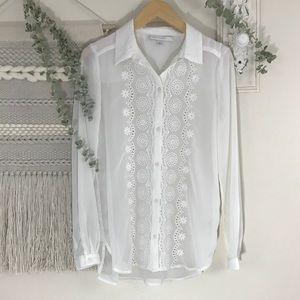 LC Lauren Conrad White Lace Embroidered Blouse